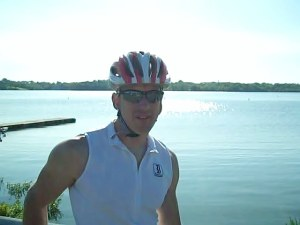 Matt at Longview Lake on bike
